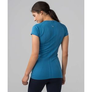 LULULEMON Swiftly Short Sleeve Crew Blue Medium 6